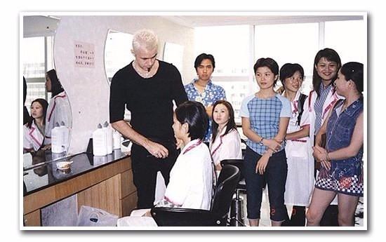 广州金莎学院培训学校/学美发学费/广州市金莎职业培训学院