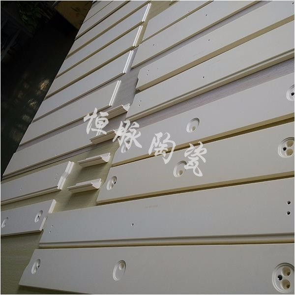 氧化铝结构陶瓷件-LED氧化铝陶瓷散热板-上海恒脉陶瓷技术有限公司
