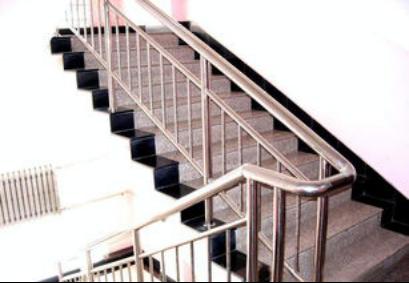 优质不锈钢楼梯扶手 小区停车场零碎价钱 郑州长浪科技无限公司