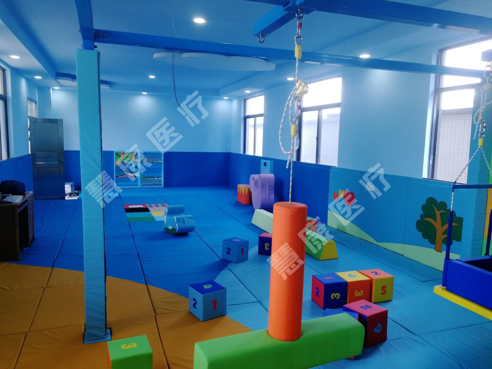 感统室设计_感统器材生产相关-深圳慧康医疗康复设备有限公司