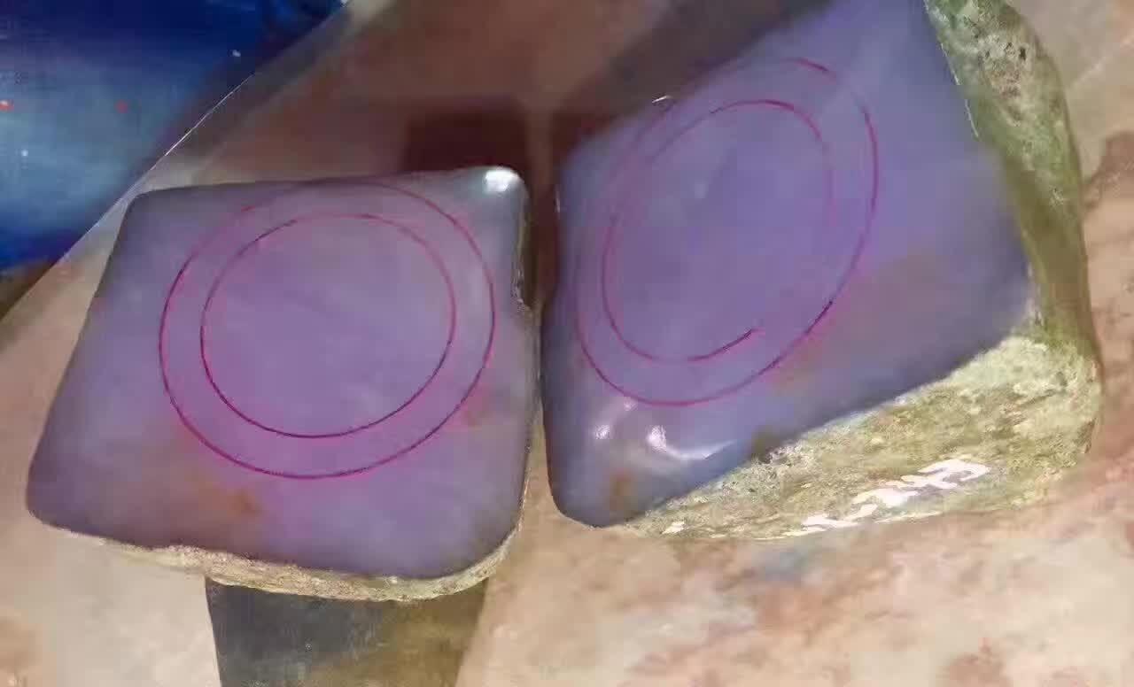 冰种翡翠手镯_优质玉器图片_瑞丽市绿林贸易有限公司