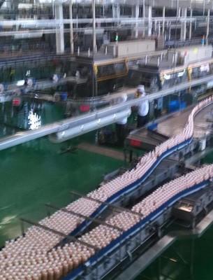 鸡尾酒饮料生产线设备价格_果汁设备生产线相关-河南百冠机械设备有限公司