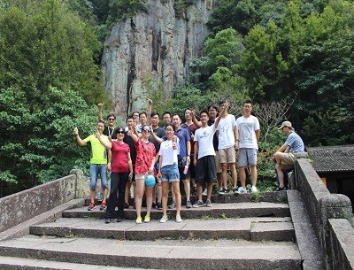 徒步旅行的_小学毕业季流程_杭州同裕文化传播有限责任公司