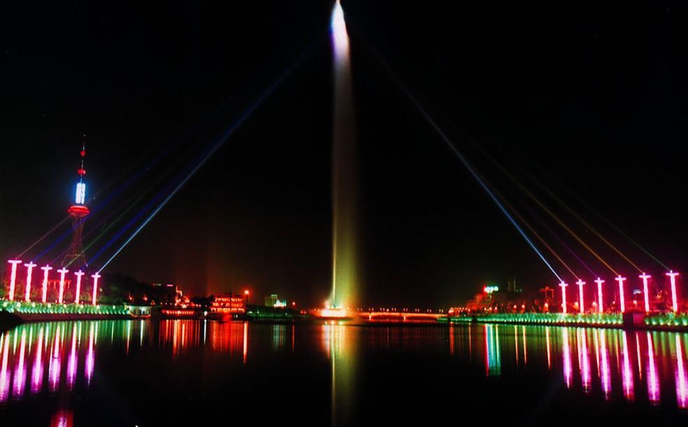 玻光泉厂家_云南建筑项目合作安装-云南华兴科技发展有限公司