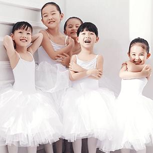 舞蹈连锁_专业舞蹈培训加盟_厦门朵拉实业有限公司
