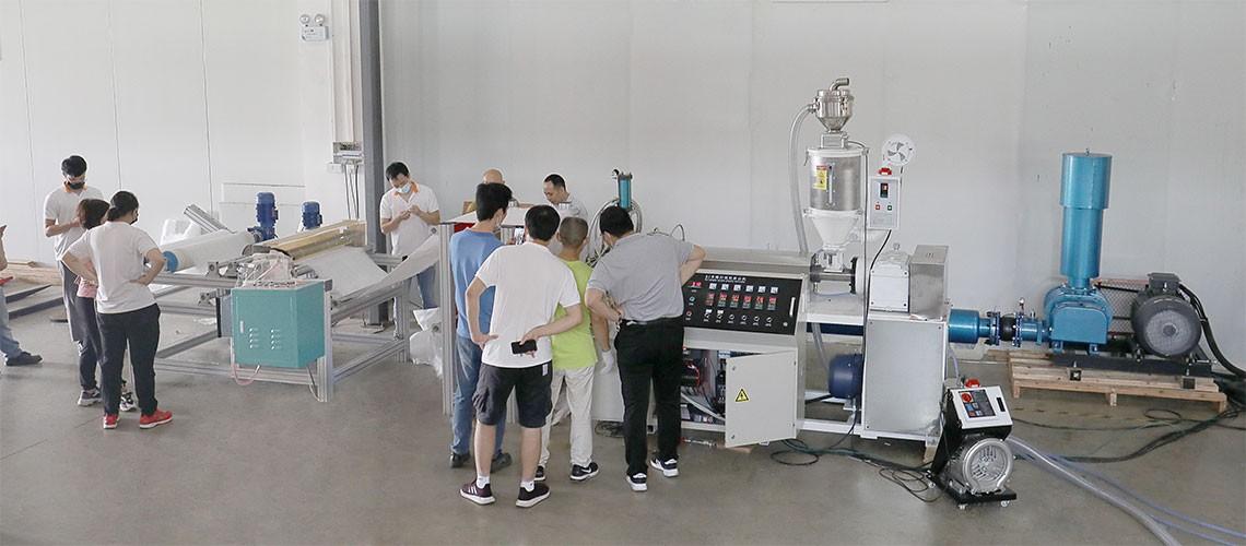 小型熔喷设备专业公司_熔喷设备供应相关-中山威时天实业有限公司
