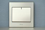 多控墙壁开关-LED家用开关价钱-广州名爵电器无限公司